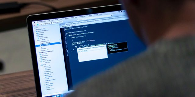 Comment télécharger les bons programmes ou applications ?